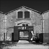 Arles in Black - Photo Denis Lebioda